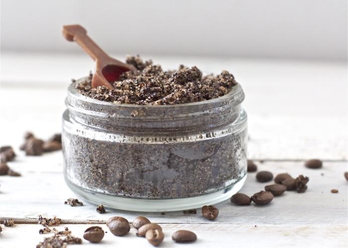 Как приготовить скраб для тела в домашних условиях с кофе