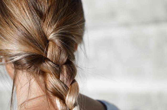 10 способов применения арганового масла для волос