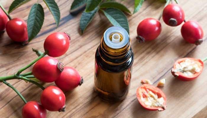 Полезные свойства розового масла для кожи